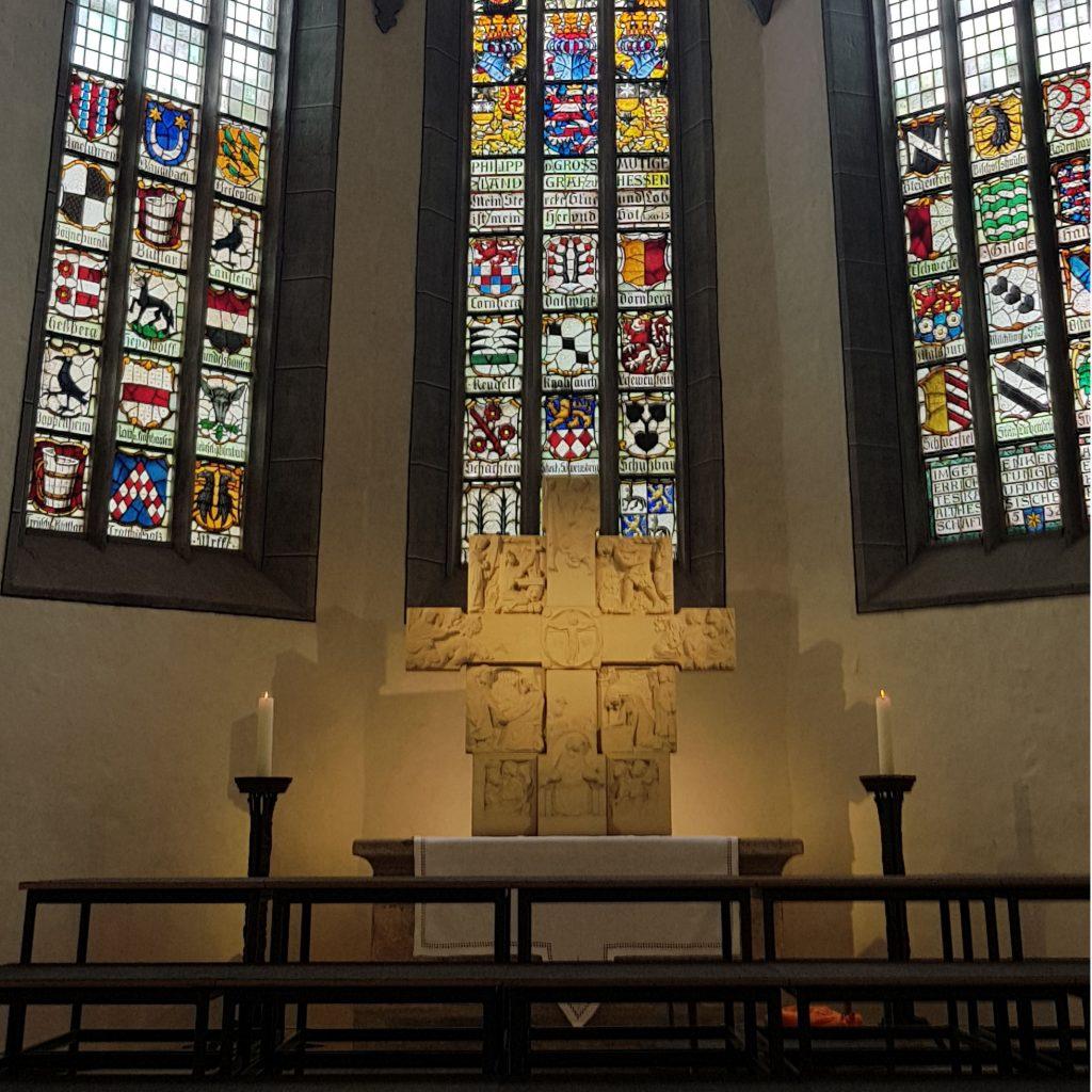 Das richtige Licht für Liturgie und Historie verlangt in aller Regel eine intensive Auseinandersetzung mit dem Bestand und dem Baustil Beispiel: Stiftskirche Kaufungen Lichtplanung