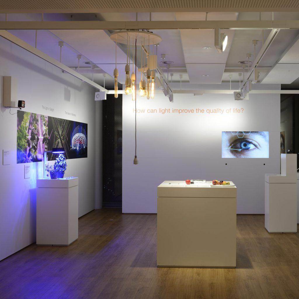 Im Bereich Ausstellungs- und Veranstaltungsräume kommt die komplette Bandbreite der möglichen Lichtanwendungen zum Einsatz. Beispiel Osram World of Licht Lichtplanung